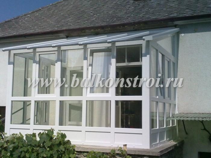 Остекление веранды пластиковыми окнами