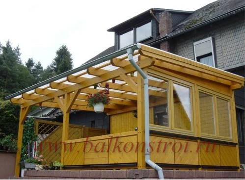 остекление беседки деревянными окнами